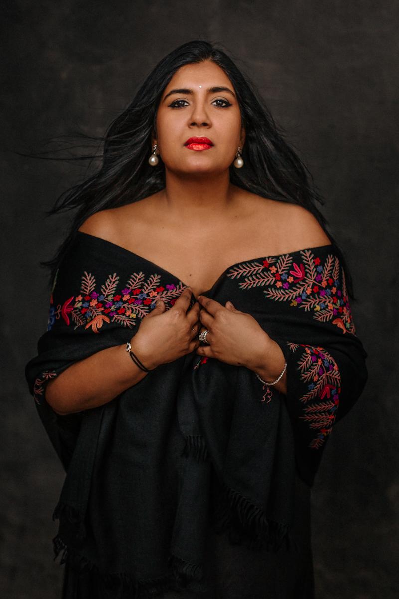 portrait of a woman female empowerment photographer paris