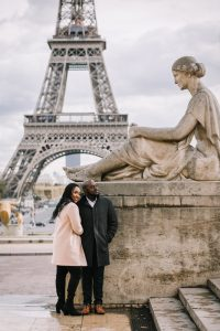 couples photoshoot eiffel tower paris