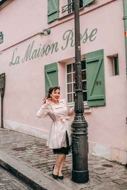 photoshoot in Paris Montmartre