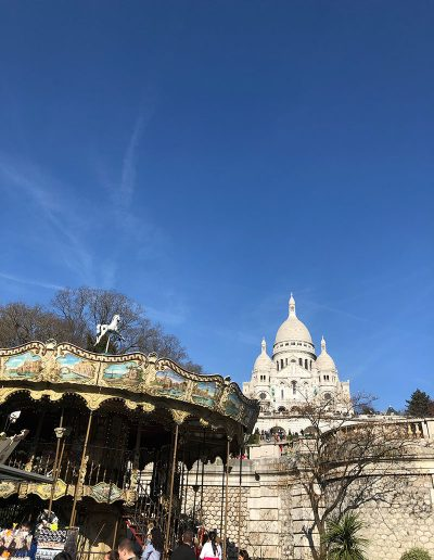 The carousel in front of the Sacre Ceour